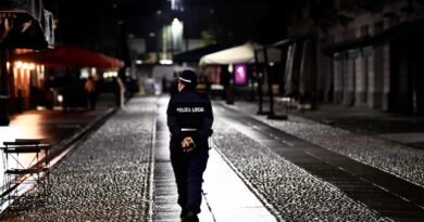 Italia desplegará 70.000 policías en Navidad para hacer cumplir las restricciones por coronavirus